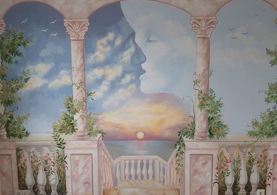 Viața este ca o călătorie, un infinit teren de joaca. Interviu Viviana Preston – Pictura Murala