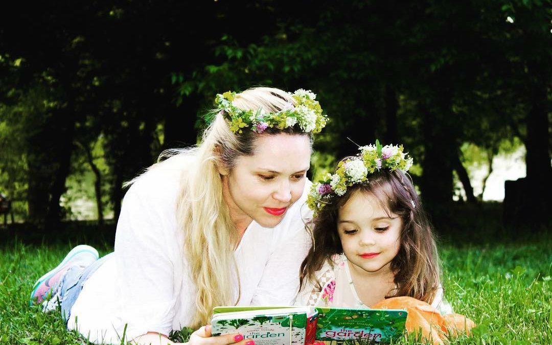 Imi doresc… conectarea dintre părinte și copil prin poezie. Interviu cu Veronica Cozma- Muguri de Poezie